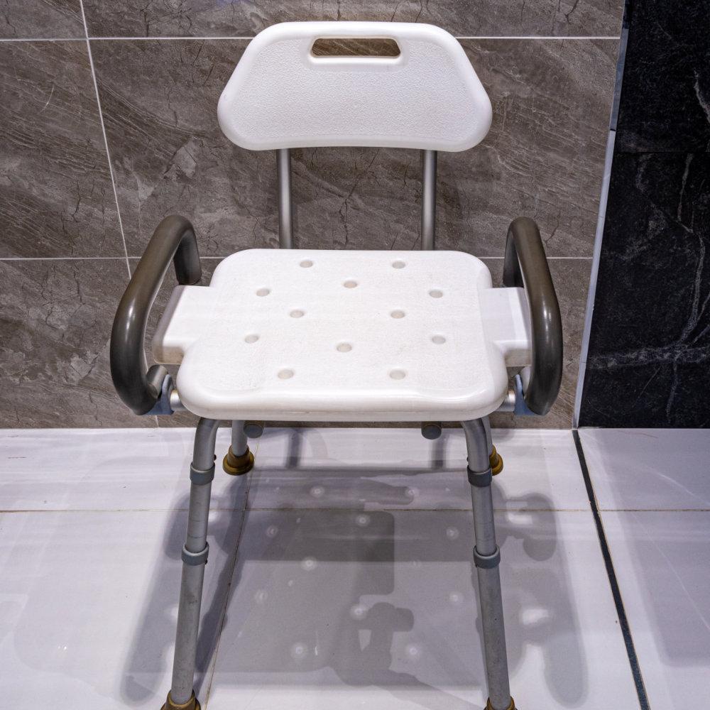 bathroom shower chair